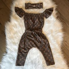Adorable Louis Vuitton inspired baby girl romper and headband set now on sale Baby Girl Romper, Cute Baby Girl, Baby Girl Headbands, Pakistani Designer Clothes, Designer Clothes For Men, Designer Clothing, Baby Design, Baby Girl Fashion, Kids Fashion