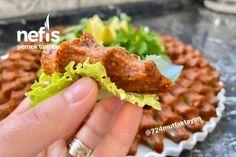 Tam Ölçülü Etsiz Çiğ Köfte Tarifi (Hazır Almaya Son,Videolu) nasıl yapılır? 16.537 kişinin defterindeki bu tarifin detaylı anlatımı ve deneyenlerin fotoğrafları burada. Food Labels, Tandoori Chicken, Baked Potato, Tea Time, Food And Drink, Mexican, Diet, Cooking, Ethnic Recipes