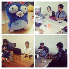 a new photo taken by segundamano.mx! Y sigue nuestro #hackaton #gophergala en nuestra oficinas  #proyectos #ideas #programadores  http://ift.tt/1OOLwtN