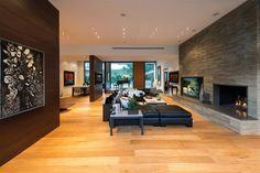 Wallace ridge interior amazing wallace ridge house design interior in living room decorated with black sofa furniture and modern fireplace ideas Interior Photo, Luxury Interior, Contemporary Interior Design, Interior Design Living Room, Modern Fireplace, Slate Fireplace, Simple Fireplace, Fireplace Ideas, Ranch Style Homes
