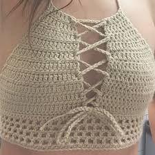 Crochet Swimwear IDEA Easy crochê … Discovred by : Chiêu Firefly Crochet Crochet Halter Tops, Crochet Shirt, Diy Crochet, Crochet Crafts, Crochet Projects, Diy Crafts, Crochet Lingerie, Crochet Bikini Top, Crochet Stitches