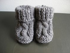 Baby booties (worked flat) free pattern