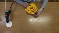 Бесплатный мастер класс большие цветы Роза из фоамирана для фотозоны