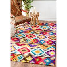 Soft and plush, the pile on this contemporary area rug is made from 100% polypropylene to prevent shedding, and will tie together any fashionable space.  Add a sense of modern retro to any living room with this attractive rug.
