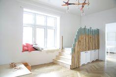 Spielen und schlafen in den Dünen / Interior / Kita / Kindergarten / Spieleinbaute