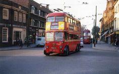London Transport trolleybus at Surbiton Station Clarmont Road 1961 Routemaster, London Bus, London Transport, Busses, Great Britain, 1940s, Trains, United Kingdom, Transportation