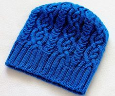 . Шапка Iced Hat, дизайн Ирины Дмитриевой