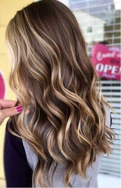 Balayage Blonde Ends - 20 Fabulous Brown Hair with Blonde Highlights Looks to Love - The Trending Hairstyle Brown Hair With Blonde Highlights, Brown Ombre Hair, Brown Hair Balayage, Ombre Hair Color, Light Brown Hair, Hair Color Balayage, Haircolor, Ombre Highlights, Hair Colors