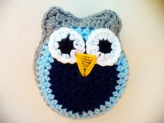 Owls on PARADE by Roxanne on Etsy