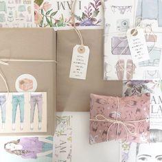 SPECIAL DELIVERY made out from the beautiful new #illustrated #wrappingpaper rolls  Compra tu rollo de papel de regalo ya! Muchos diseños de donde escoger!
