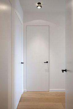 Best + Black Door Handles Ideas On Modern Door White Interior Doors, Interior Door Knobs, White Doors, Black Doors, Black Door Hardware, Matte Black Door Handles, Solid Doors, Double Doors, White Walls