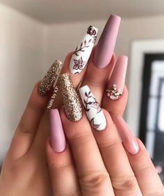 Get Inspired By This Easter Nails With Pastel Colors - # - Shapes lovenails Glam Nails, Glitter Nails, Glitter Eyeshadow, Hair And Nails, My Nails, Heart Nails, Nagellack Design, Nagel Hacks, Easter Nails