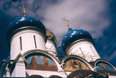 Sergiev Posad - Trinity Lavra  Absolutely breathtaking.