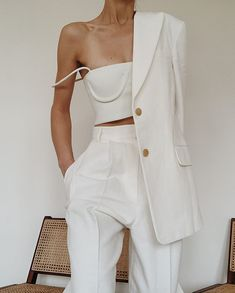 Woman All White Outfits outfits trends Beige Outfit, All White Outfit, All White Clothes, White Clothing, White Outfits For Women, Monochrome Outfit, Trend Fashion, Fashion Outfits, Womens Fashion