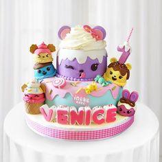 Numnoms yummyy  #cakesemarang #inekecake #semarangcake #kulinersemarang #customcakesemarang #birthday #cutecake #fondantcake #cakedesign #cakedecorating #instacake #cakestagram #kueulangtahunsemarang #birthdaycakesemarang #cutecake #birthdaycake #cakeart #cakedecorator #fondant #cakeartist #numnomscake 6th Birthday Cakes, 10th Birthday Parties, Birthday Treats, Birthday Cake Girls, Num Nom Cake, Girl Cakes, Cakes And More, Baby Shower Cakes, Kawaii