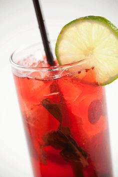 #StKitts - VANILLA CRANBERRY MOJITO *2 oz Shipwreck Vanilla Rum   *6 mint leaves   *Fresh squeezed lime juice (1 lime)   *3/4 oz simple syrup   *Cranberry juice  Soda water