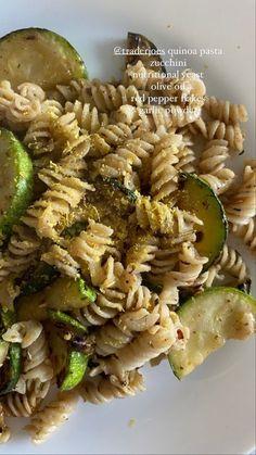 Think Food, I Love Food, Good Food, Yummy Food, Plats Healthy, Healthy Snacks, Healthy Eating, Vegetarian Recipes, Healthy Recipes