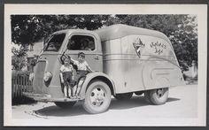 Photo 1937 International D Series COE Golden Age Beer Truck Spokane WA ...