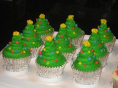 christmas tree cupcakes - Google Search