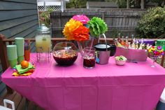 mexican centerpieces for tables Mexican Centerpiece, Table Centerpieces, Table Decorations, Diy Craft Projects, Diy Crafts, Mexican Party, Party Themes, Party Ideas, Traditional
