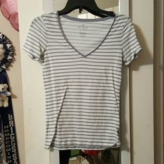 Stripped Tes Never worn before American Eagle grey and white striped t-shirt American Eagle Outfitters Tops Tees - Short Sleeve