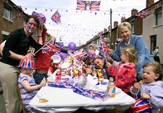 pictures of Parties | Wedding street parties, street party | Duchess of Cambridge and Prince ...