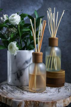 The opulent scents of tiare petals and coconut milk transport us to blooming flower gardens at dusk – filled with jasmine, orange flower, and gardenia. The fragrance rests on sensual and romantic notes of frankincense, spices, amber, vanilla, and patchouli. Includes essential oils of: eucalyptus, fir, lemon, valencia orange, and petitgrain