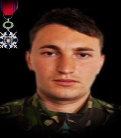 """Sublocotenentul (pm) Ion-Lucian Leuştean a fost rănit grav, la 7 septembrie 2011, în provincia Zabul din Afganistan, în urma unui atac cu un dispozitiv exploziv improvizat, în timp ce executa o misiune de cercetare terestră a unui obiectiv  A fost decorat cu Ordinul Naţional """"Steaua României"""" în grad de Cavaler, cu însemn de război, pentru militari."""
