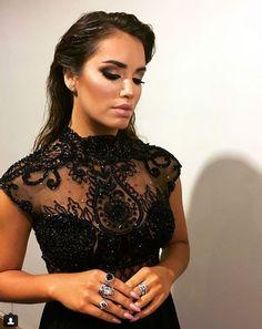 Camila Gallardo, Mariano Martinez, Prom Makeup, Afro, Makeup Looks, Make Up, Singer, Queen, Formal