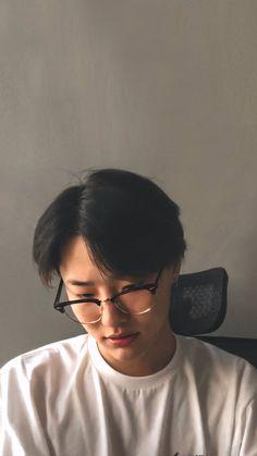 Boyfriend Kpop, Boyfriend Photos, Korean Boys Ulzzang, Man Crush Everyday, Famous Men, Korean Artist, Babe, Handsome Boys, My Sunshine