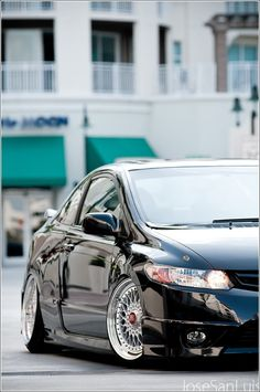 Hellaflush Honda Civic Si on BBS