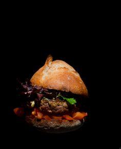 """Le Chef Romuald Royer vous dévoile la recette du """"B"""" burger !"""