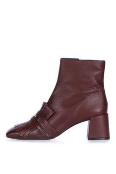 MAXIMUM Fringe Loafer Boots