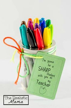 Sharpie Back to School Teacher Gift with FREE PRINTABLE. <a href=http://www.therealisticmama.com/homemade-gifts-sharpie/>Not supported by mobile. Click to view original post</a> #SharpieBTS #PMedia #ad