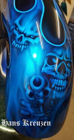 Custom Motorcycle Paint Jobs, Custom Paint Jobs, Custom Motorcycles, Bobber Motorcycle, Motorcycle Seats, Airbrush Skull, Car Paint Colors, Pinstriping Designs, Custom Airbrushing
