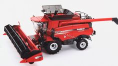 Britains 42884 Case IH 8230 Combine 1 for sale online Case Ih, Combine Harvester, Scale Models, Diecast, Accessories, Ebay