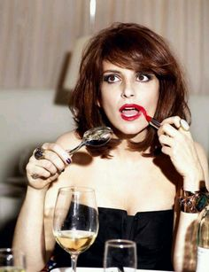 Tina Fey LOL funny - follow us on www.birdaria.com like it love it share it click it pin it!!!!