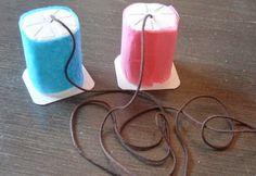 Actividades para Educación Infantil: Manualidades para el verano - 5 Teléfono con yogures