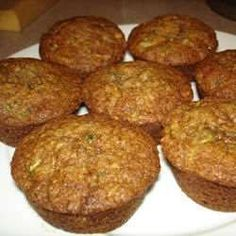 Fresh figs are a delicious boost to these wholesome, easy oatmeal muffins that combine applesauce, eggs, and flax seed with this tasty fruit. Coconut Zucchini Bread, Zucchini Chocolate Chip Muffins, Zucchini Bread Recipes, Chocolate Chips, Oatmeal Muffins, Mini Muffins, Toddler Muffins, Morning Glory Muffins, Desserts With Biscuits