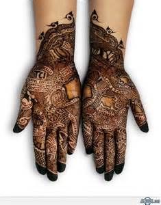 Henna Tattoos Design Ideas For Girls. People love to have Henna Tattoos Design. There are so many design come in Henna Tattoos. Mehndi Tattoo, Henna Mehndi, Henna Art, Hand Henna, Henna Tattoos, Paisley Tattoos, Henna Mandala, Art Tattoos, Mandala Tattoo