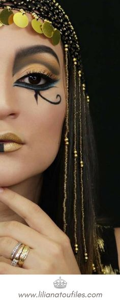How To Achieve A Cleopatra Inspired Look This Halloween. Check out my blog post includes all the products i used as well as a tutorial on how this look was achieved. #cleopatra #nefertiti #egyptian #egyptianqueen #egytianprincess #makeuptutorial #howto #makeupblogpost #Tutorial #youtuber #beautyyoutube #beautytutorial #beautyblog #beautyblogger #blogpost #beautyblogpost #makeuplover #makeupguru #beautyguru #bhcosmetics #foiledeyes #maybelline #loreal #halloweenmakeuplook #halloween #makeup