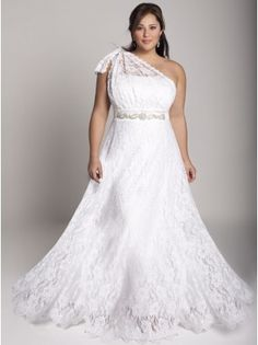 The most gorgeous wedding dress for plus size bride, from dramatic ball gowns, casual short dresses to sexy mermaid gowns. Look at the ideas below to find the plus size wedding dress of your dream! Wedding Dress 2013, Best Wedding Dresses, Bridal Dresses, One Shoulder Wedding Dress, Bridesmaid Dresses, Lace Wedding, Casual Wedding, Gown Wedding, Garden Wedding