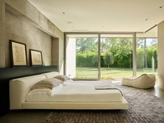 The master suite at the back of this modern house is soothingly minimal, with the bedroom, spa bathroom and study all opening to secluded gardens. Trendy Bedroom, Modern Bedroom, Master Bedrooms, Modern Residential Architecture, Bathroom Interior Design, Bathroom Designs, Home Decor Bedroom, Bedroom Ideas, Great Rooms