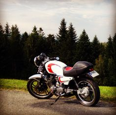 Yamaha XJ650 Cafe Racer by Czayen