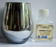 Po nabyciu w IKEA pojemnika szklanego (mały wazonik, może szklanka- pojemność 450ml, więc prawie pół litra), optymalnego do małych eksperymentów lustrzanych -