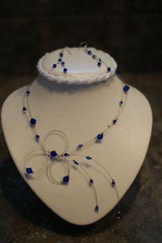 Collier bleu royal  cristal mariage  bal /// par BijouxLibellule, $40.00