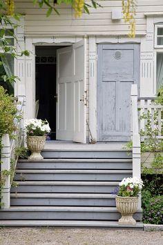 Valkoista, kultaa ja hangonsinistä | Koti ja keittiö