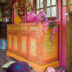 India pied-à-terre | A Lil' Bit Boho: Colorful Painted Cabinets | http://indiapiedaterre.com
