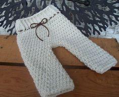 Items similar to Newborn Pants Pattern / PDF PATTERN / baby shorts / trousers / photo props / knit / crochet on Etsy Crochet Baby Pants, Baby Girl Crochet, Crochet For Boys, Newborn Crochet, Crochet Shoes, Crochet Clothes, Crochet Dresses, Boy Crochet Patterns, Baby Patterns