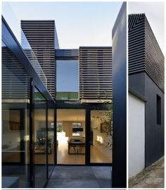 House Entry | Love the use of line!!